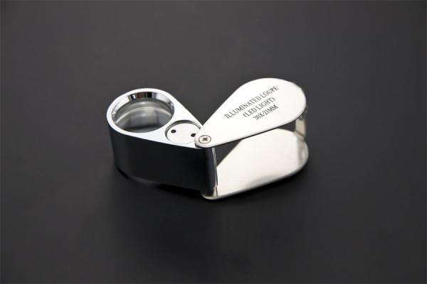 Mini Illuminated Loupe 30X / Magnifier with LED Lights