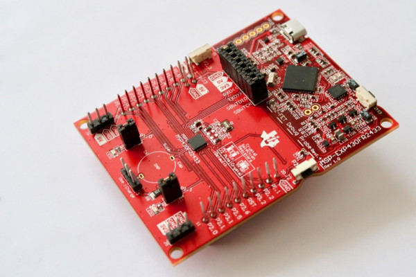 MSP430FR2433 LaunchPad™ Development Kit